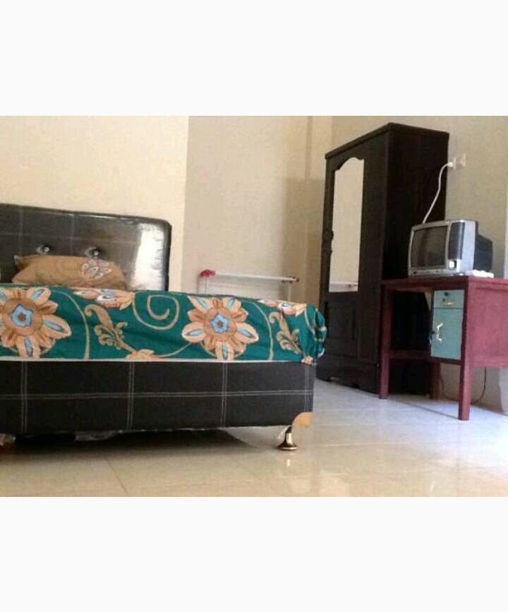Kamar pribadi di tengah kota Makassar