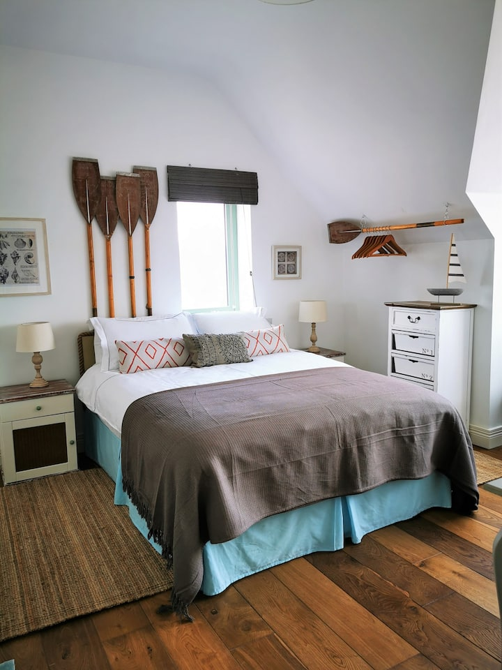Hidden Brooks, double room with sea view