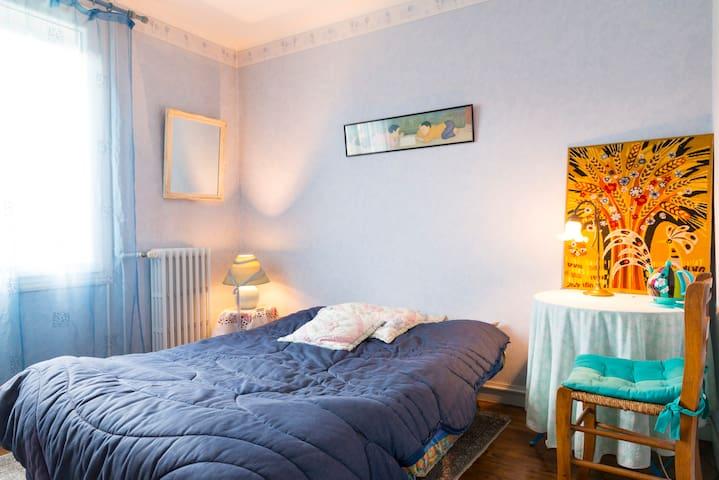 Chambre bleue à La Beaujoire