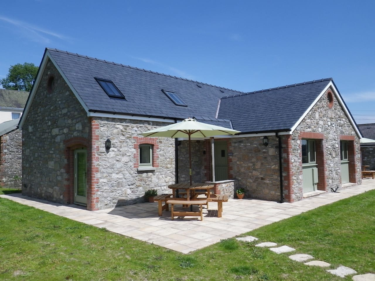 Gwennol Cottage @ Golden Grove Cottages is a stone built, cosy and welcoming barn conversion.