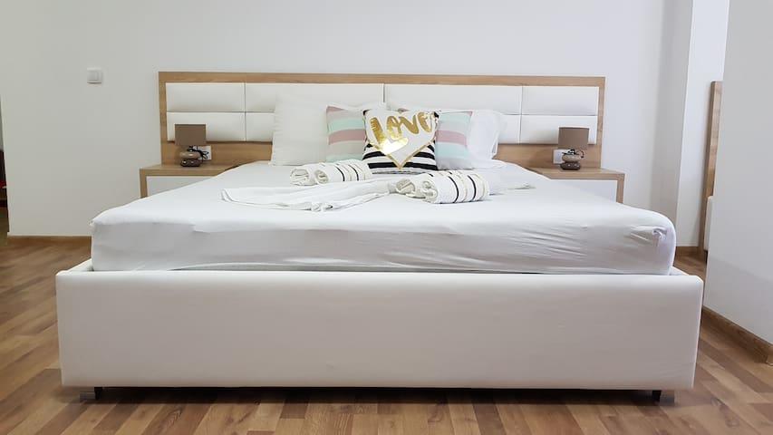 Private, Quiet, Comfy, Clean Apartment