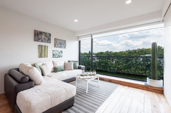 Botanicus. Luminous apartment with great view 5*
