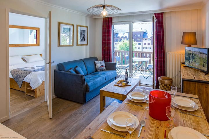 Stay at Courmayeur Apartment  - excellent host 4.6/5 - flexible cancellation