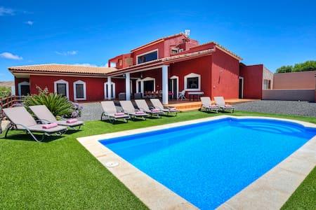 Villa Ada - Luxury villa in Tetir - Puerto del Rosario - Villa