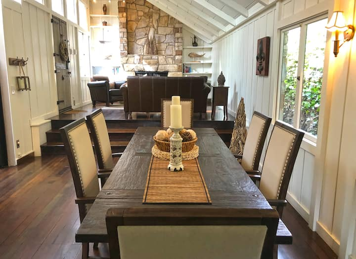 ~ Quintessential Carmel Cottage ~