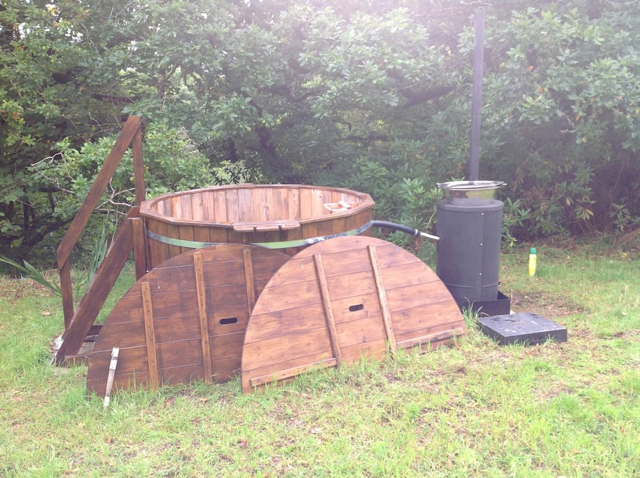 Wood fired hot tub for Kirnan Beg