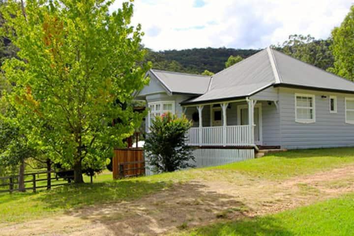 Pepper Tree Cottage Wollombi