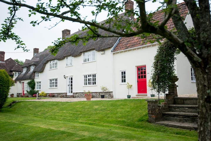 Higher Tything Cottage Bed & Breakfast - Piddletrenthide