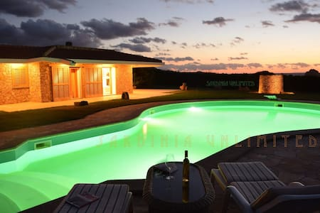 Villa Du Fay with private pool - Portobello - Casa