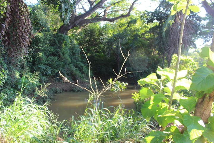White House -Srilanka tourist board approved - Kurunegala