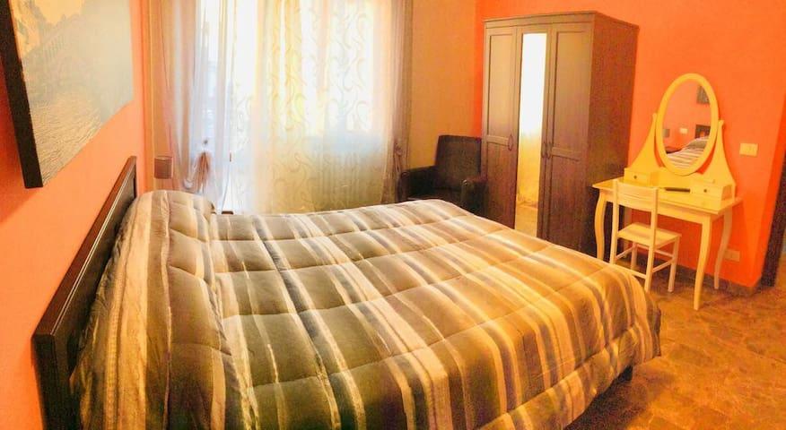 Ca San Giuliano - Double Room Shared Bathroom