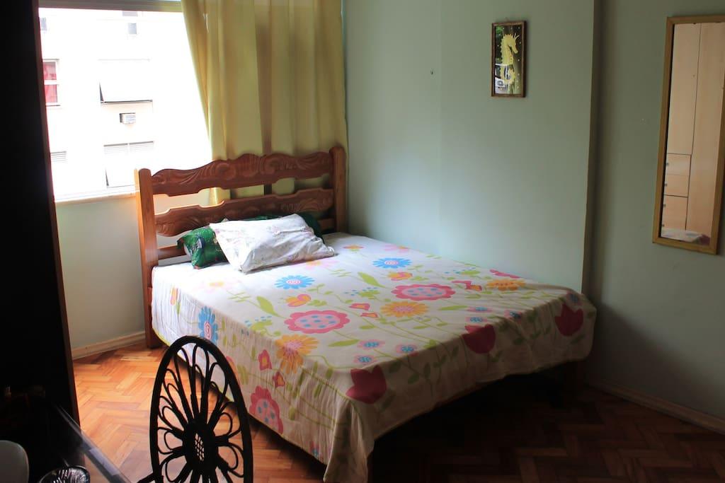 Quarto 1 (bedroom)