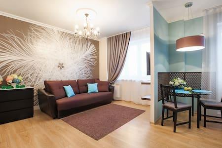 Стильная квартира-студия Токарей 26 10 этаж - Yekaterinburg - Apartmen