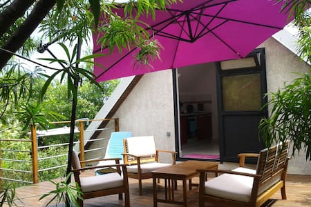 2 rooms + terrace on top - Piton Saint-Leu - Huvila