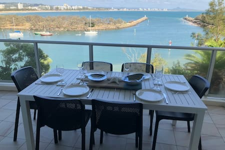 Exclusive Sunshine Coast Ocean View from EveryRoom