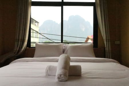 Vang Vieng Sunset Double Room 1