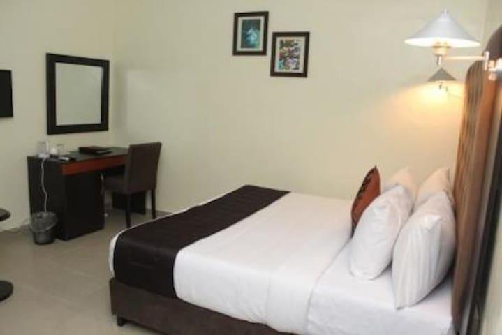 Eastgate Hotel - Standard Room