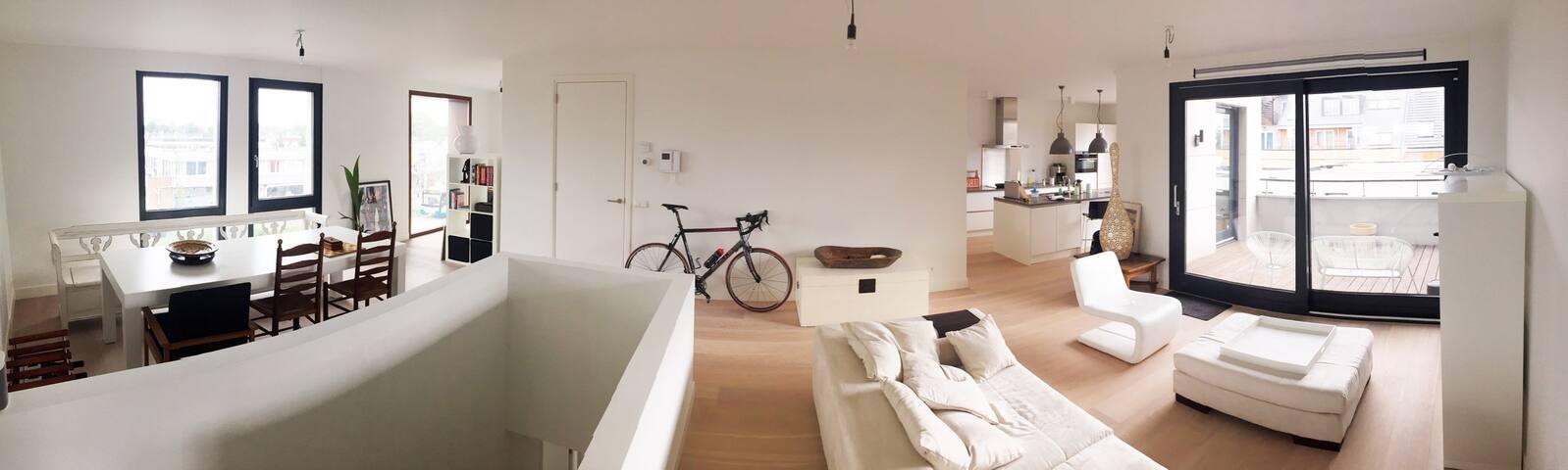 Brand new 120m2 designer apartment