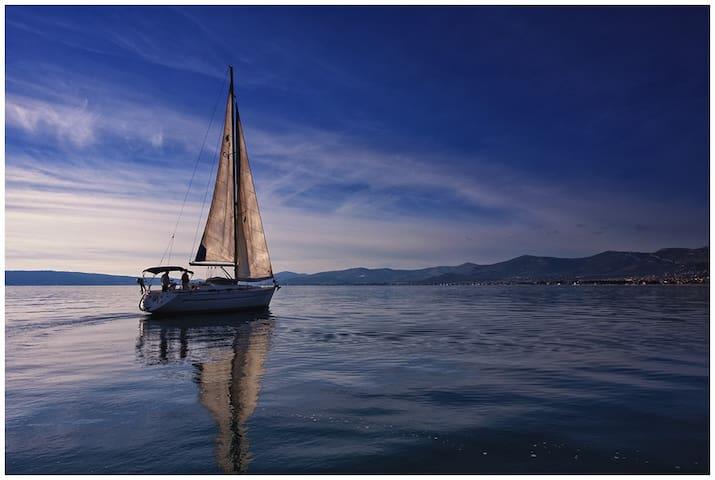 Sailing Boat - Bavaria 40 2-1 - Trogir - Boat