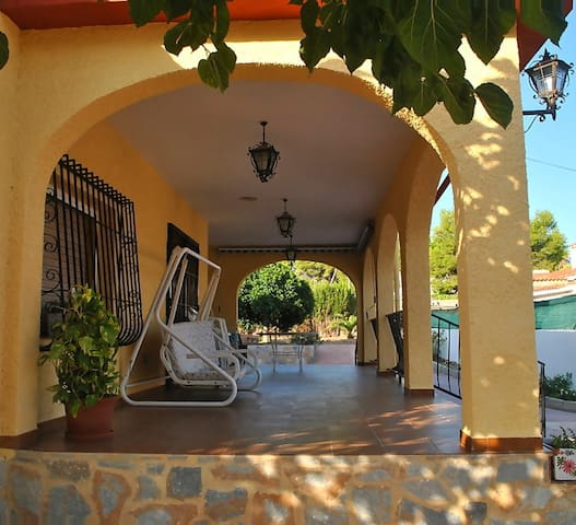Holiday villa in Alicante