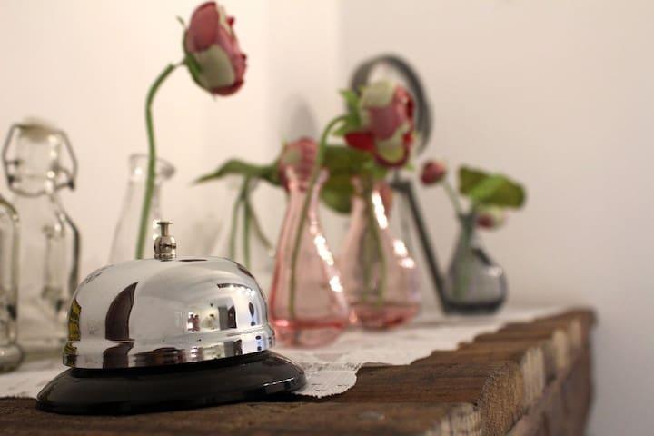 Zalfa Guest House - Batroun - LOVE ROOM - Batroun