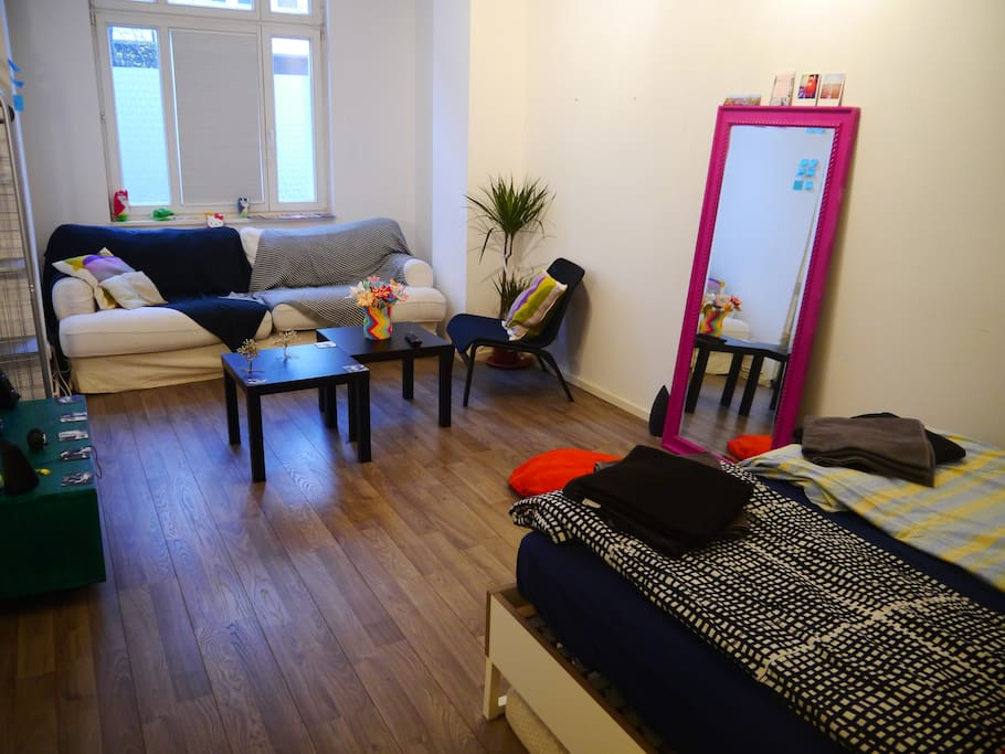sunny room located between kreyzberg and neuk ln apartments for rent in berlin berlin germany. Black Bedroom Furniture Sets. Home Design Ideas