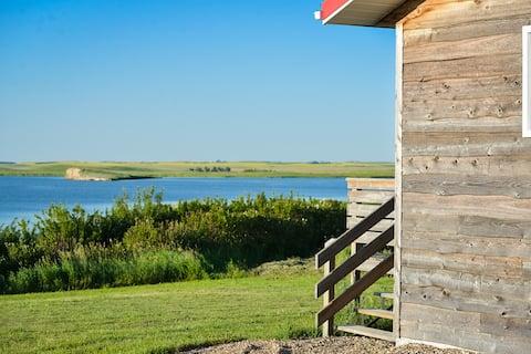 Fox Lake Retreat - Red Cabin
