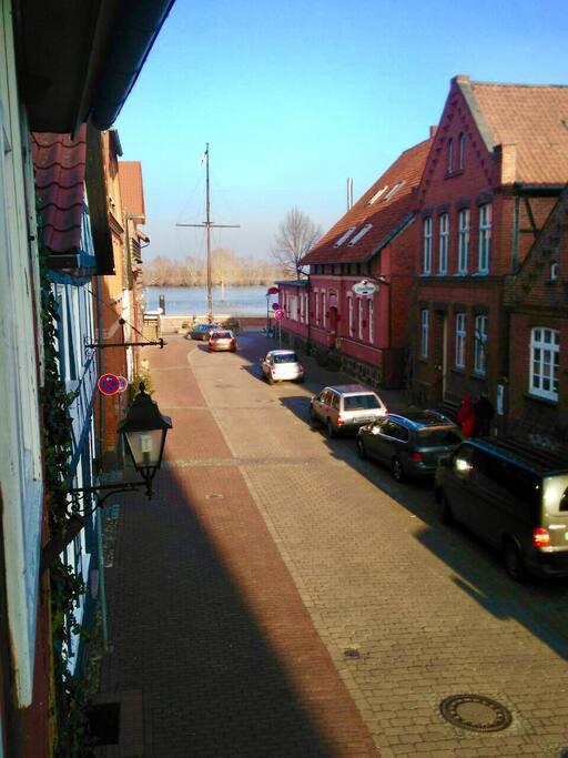 Blick auf die Elbe von Schlafzimmer 3