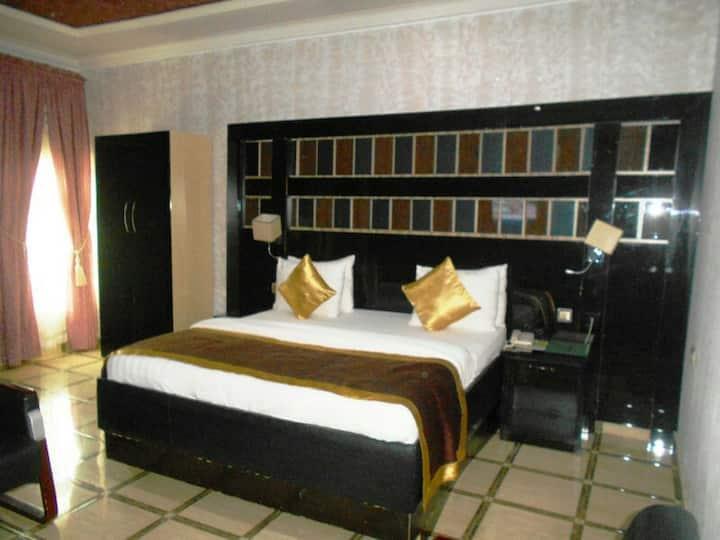 St. Regis Hotels & Resorts - Executive Suite