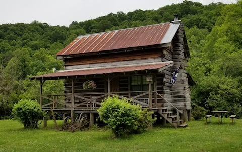 Rustic Log Cabin Rental on Coker Creek.