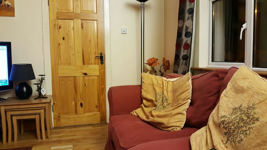 cosy 3 bedded house