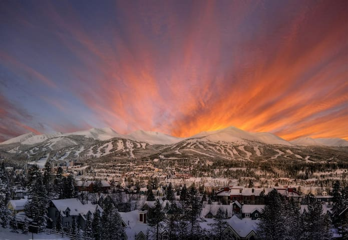 Breckenridge View Retreat