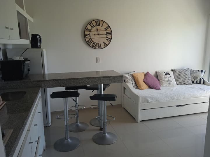 Apartamento en el caracol (Laguna Garzón)