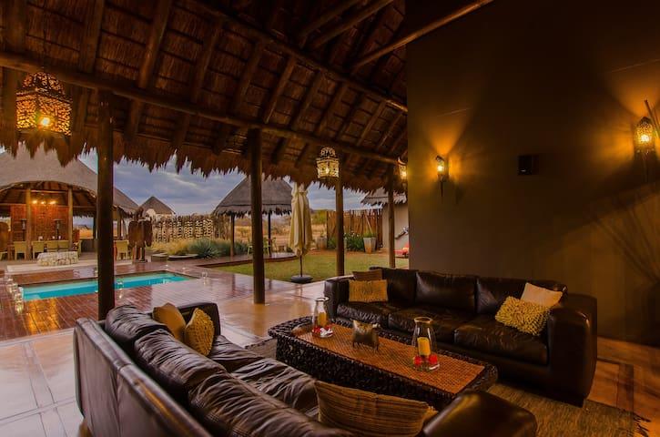 Zebula - IG22 - 5 bedroom Luxury Lodge