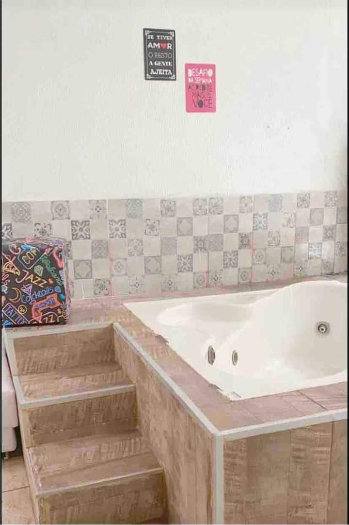 StudioX:churrasqueira+ofurô+2 camas+sofa/wc/cozinh