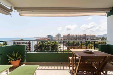 Apartamento con vistas al mar Mediterraneo