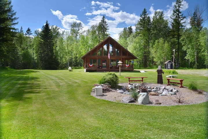 Charming Log Cabin...Don't Miss This One!