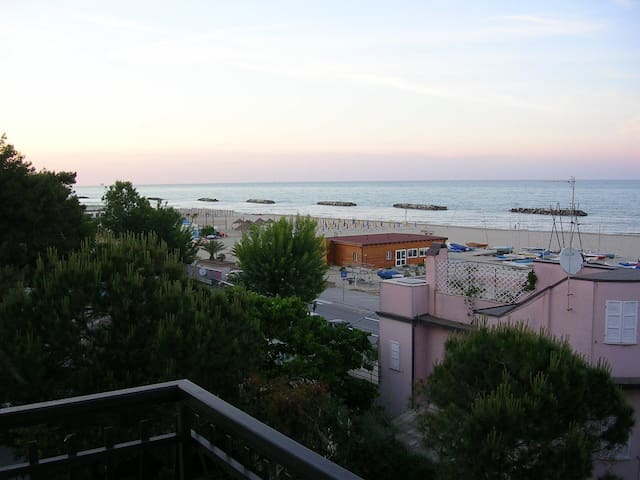 exclusive rooms in La pinetina b&b - Porto San Giorgio - Bed & Breakfast
