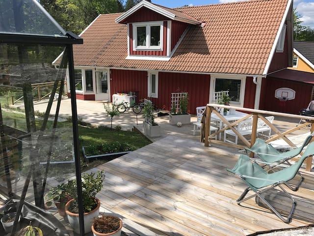 Klassisk villa vackert belägen i skärgården