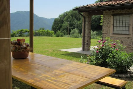 Cottage in Lucca area - Casa