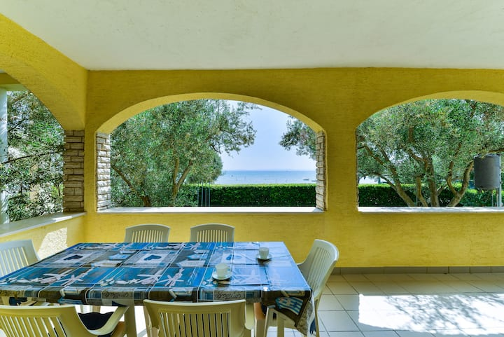 Summer Dream - Two Bedroom Apartment with Terrace