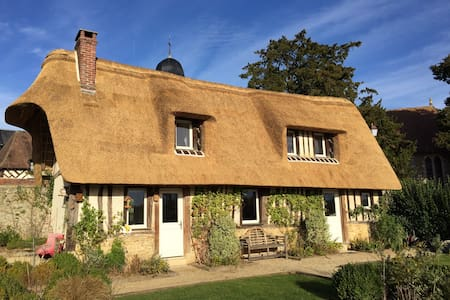 Lovely typical Normandy House - Le Mesnil-sur-Blangy - Haus