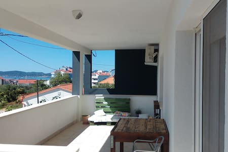 Spacious with Big Sunny Terrace   TERRAeSAL#1 - Zadar
