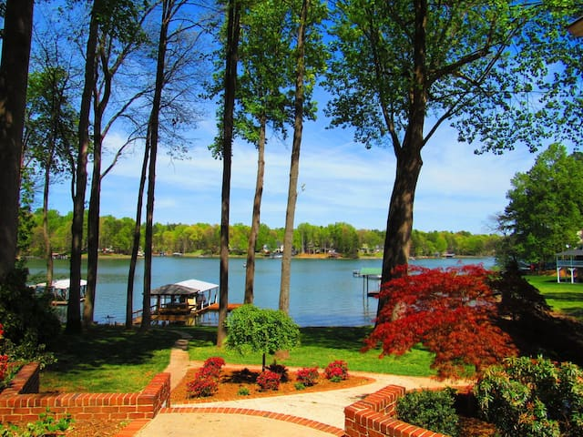 Lucky's Lake House | Great time for the entire family | Dock | Boat Rentals