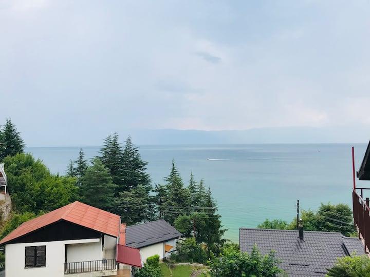 Lovely home in Elen Kamen
