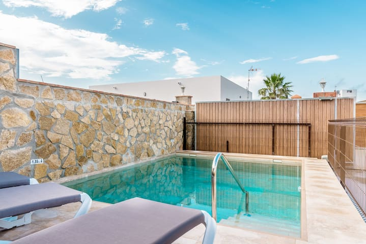 Charming, with pool and near the beach - Casa Rustica