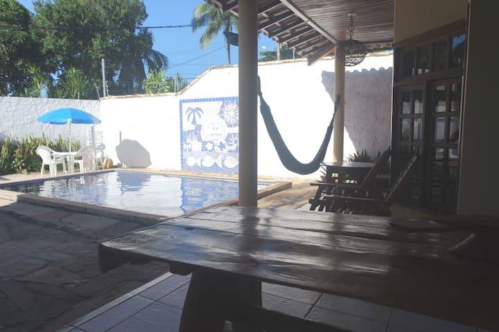 Localização exclusiva, 150m da praia de Taperapuan