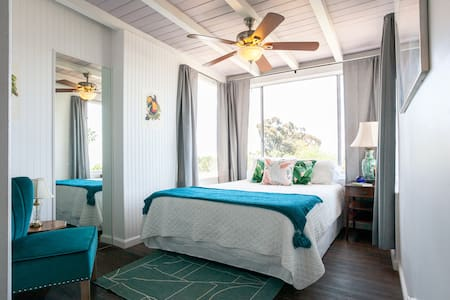 Birdsnest Oceanview Suite
