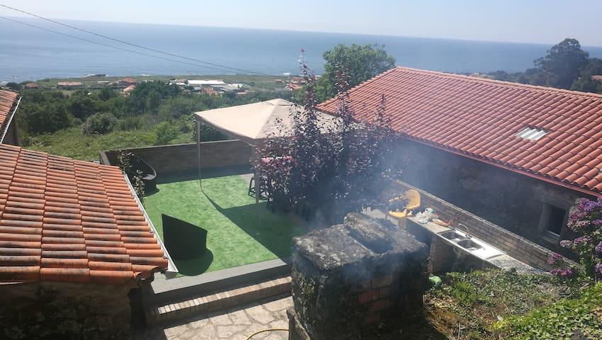 Una casa con vistas al mar entre Baiona y A Guarda