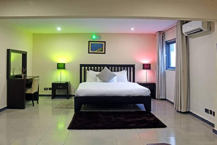 Great 2-bedroom in  Ikoyi with Chef/Housekeeping